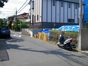 藤沢市辻堂:駐車場施工前